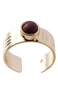 RING WITH A BROWN STONE    RINGS