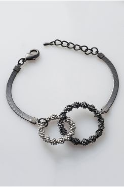 HANDMADE CHAIN BRACELET WITH TWO CIRCLES IN SILVER COLOR  | BRACELETS